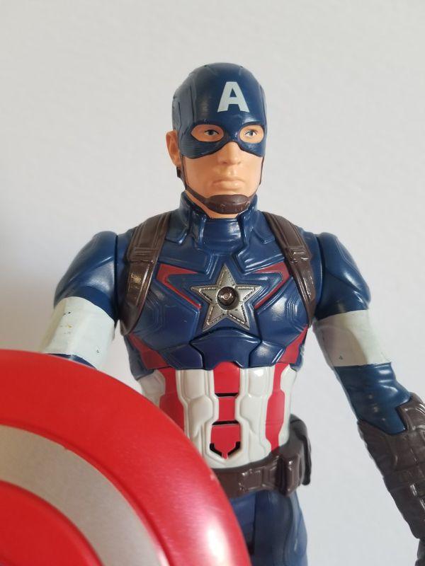 Marvel Avengers: Endgame Titan Hero Series Captain America. Talking Action Figure