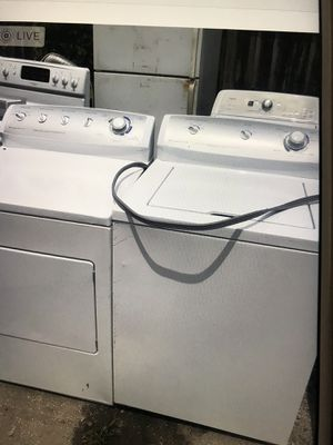 Washer and dryer Frigidaire for Sale in Palm Springs, FL