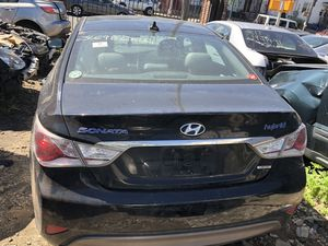 2013 Hyundai Sonata Hybrid Parts for Sale in Queens, NY