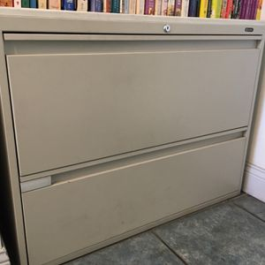 Filing cabinet for Sale in Long Beach, CA