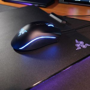 Razer Mamba mouse with Firefly mat RGB for Sale in McKinney, TX