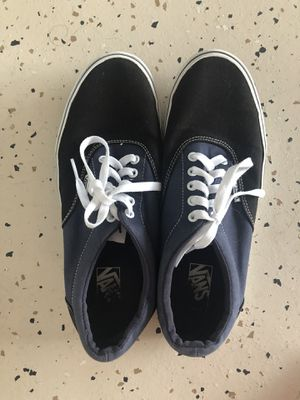 Men's Sz 11 Grey Black Vans for Sale in Lakeland, FL