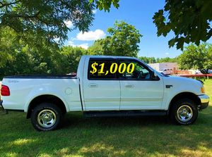 🟢💲1,OOO For sale URGENTLY this Beautiful💚2002 Ford F150 nice Family truck XLT Super Crew Cab 4-Door Runs and drives very smooth V8 VERY STRONG🟢 for Sale in Long Beach, CA