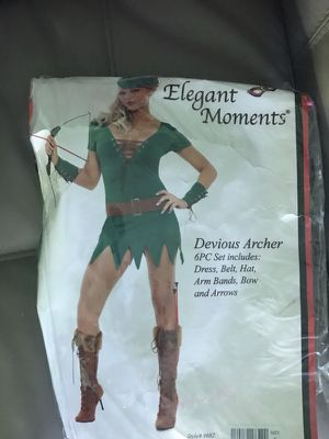 Devious archer small Halloween costume small for Sale in Wayne, NJ