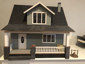 Beachside Bungalow dollhouse lighted antique furniture for Sale in Moseley, VA
