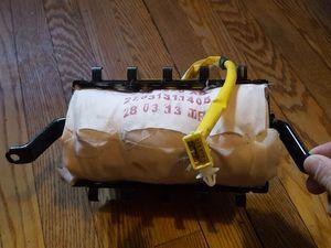 2013 toyota corolla airbag passenger side for Sale in Hyattsville, MD