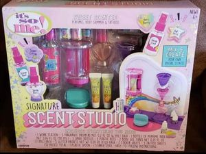 New signature scent studio make your own perfume for Sale in Columbus, OH