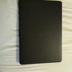 """HP - 14"""" Laptop - AMD Athlon Silver - 4GB Memory - 128GB SSD - Jet Black for Sale in Queens, NY"""