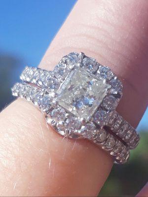Neil Lane 1 & 3/4 CT Engagement Diamond Ring Set for Sale in Gilbert, AZ