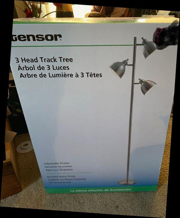 3 light stand