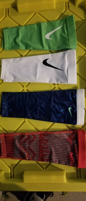 Brand New Nike Shivers Dri Fit Arm Sleeves Pick Your Color Sizes S/M, L/XL (Comes in a pair, both arms) for Sale in West Covina, CA
