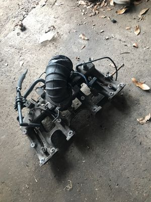 Jeep 4.0 intake manifold for Sale in Needville, TX