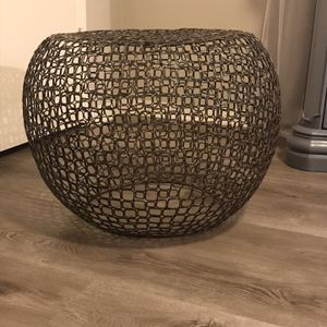 Crate And Barrel Iron Chain Link Table for Sale in San Diego, CA