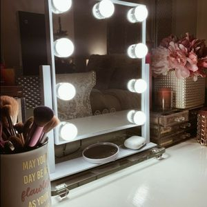 Vanity Mirror with Lights, Hollywood Makeup Mirror with Dimmable LED Lights 3 Colors Light, 10X Magnification Touch Control 360°Rotation for Sale in Lynwood, CA