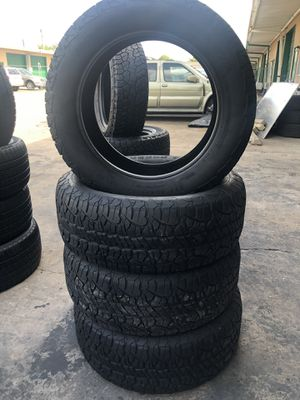 275/55/20 tire set for Sale in Houston, TX