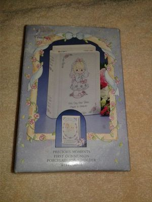 Precious Moments First Communion Porcelain Bible Holder w/Bible for Sale in Berlin, NJ
