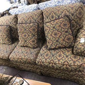 Haverty's Multi-color Couch for Sale in Marietta, GA