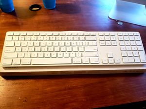 Matis Wirless Backlit Aluminum Keyboard/KB for your Apple Mac/IMac for Sale in Fullerton, CA