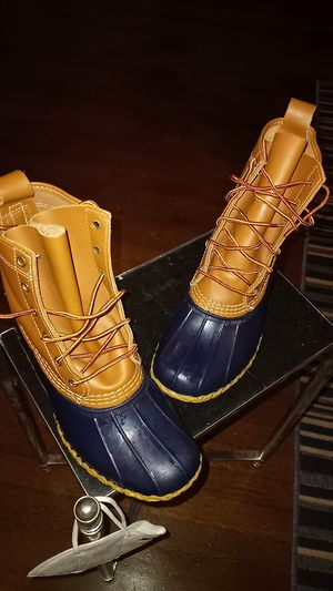 women L.L. Bean rain boots for Sale in College Park, GA