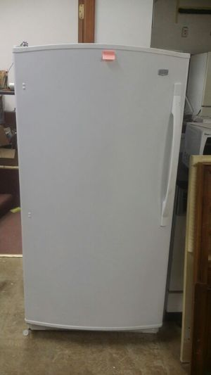 Maytag Stand Up freezer for Sale in Cleveland, OH