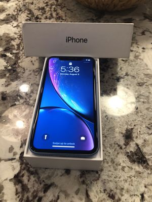 iPhone XR (Blue, 64GB, AT&T) for Sale in Glen Ellyn, IL