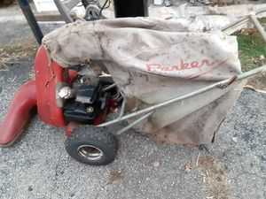 Leaf and trash vacuum for Sale in Vinton, VA