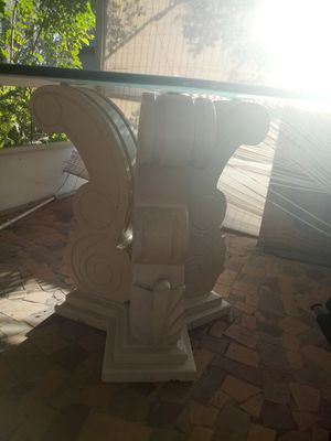 Glass top Table for Sale in Avon Park, FL