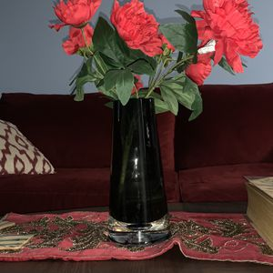 Black Vase for Sale in Brentwood, MD