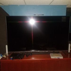 70 Inch 4k HDR Vizio Smart TV for Sale in Nashua, NH