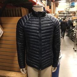 Mountain Hardwear Ghost Whisperer 2 Men's Medium Storm Blue for Sale in Madera,  CA