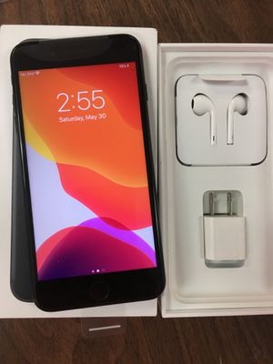 iPhone 7+ Factory Unlocked 32gb for Sale in Houston, TX