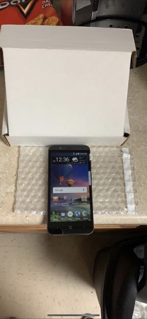 FREE TOUCH SCREEN SMART PHONES/FREE YEAR OF TALK TEXT AND INTERNET for Sale in Tulsa, OK