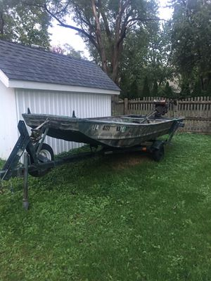 1648 Jon Boat with duck blind for Sale in Joliet, IL