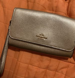 Coach wallet for Sale in Brownsville, TX
