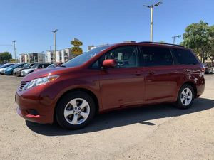 2015 Toyota Sienna for Sale in Santa Ana, CA