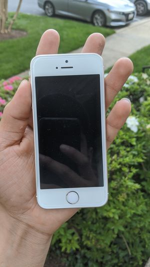 iPhone SE for Sale in Germantown, MD