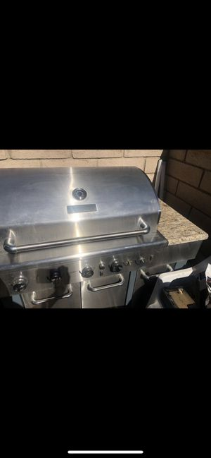 Master forge 5 burner plus broiler stainless steel bbq grill for Sale in Hesperia, CA