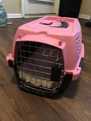Small Pink Dog Crate for Sale in Nashville, TN