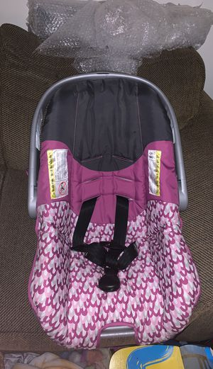 Baby carrier for Sale in Apache Junction, AZ