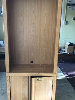 Oak finish desk, tv stand & bookcase. for Sale in Whittier,  CA