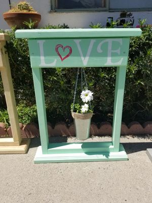Porch Planter Sign for Sale in San Bernardino, CA