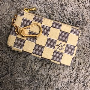 LV Clutch for Sale in Portland, OR