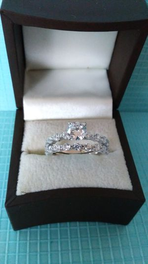 New with tag Solid 925 Sterling Silver ENGAGEMENT WEDDING Ring Set size 6 $150 set OR BEST OFFER ** WE SHIP!!📦📫 ** for Sale in Phoenix, AZ