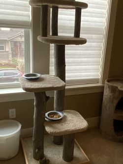 Awesome Cat Tree! for Sale in Portland,  OR