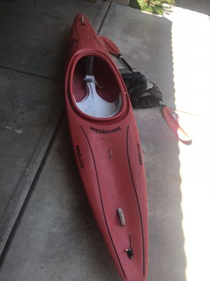 Perception proline super sport kayak for Sale in Tolleson, AZ
