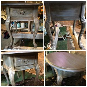 One drawer end table for Sale in Camden, AR