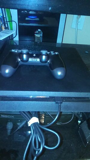 Ps4 slim for Sale in Spring Hill, FL