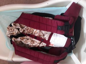 Egg baby carrier for Sale in Tampa, FL