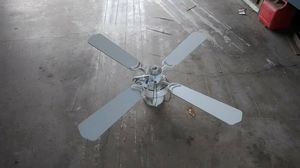 Ceiling fan for Sale in Moreno Valley, CA