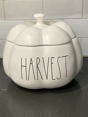 Large Harvest Pumpkin with Lid for Sale in West Covina, CA